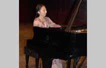 钢琴基础科教师 陈晶晶